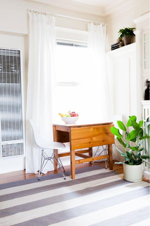 sala renovada Alison-Living-Room8