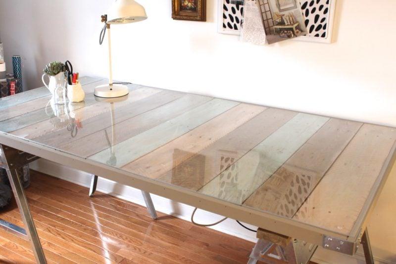 Como fazer uma mesa de pallet estilosa e bonita simplichique for Mesa de pallet