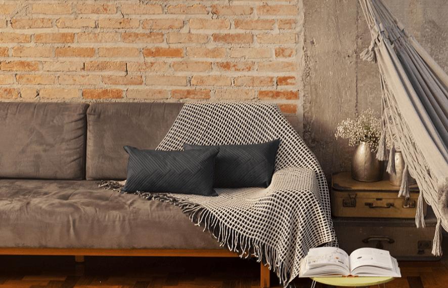 como usar manta no sofá